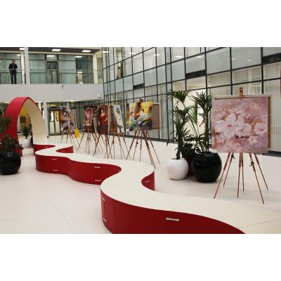 """Выставка """"Женщины и цветы"""""""