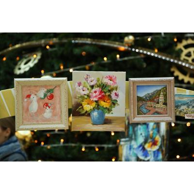 Новогодняя выставка-маркет картин маслом